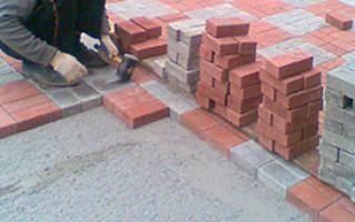 Укладка тротуарной плитки на старое бетонное основание