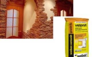 Как клеить гипсовый камень на стену