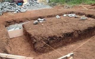 Фундамент из бута и глины