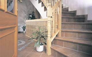Плитка для ступеней лестницы внутри дома