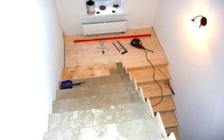 Как закрепить брус к бетону