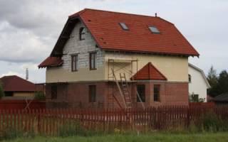 Дом из пеноблоков облицованный кирпичом